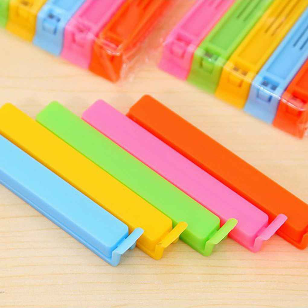 Plastic food clips with solid color plastic food clips