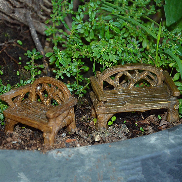 Mini figurines miniature wood chairs resin crafts for garden hom