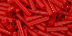 10g japanska seed beads 220st bugle #3 opaque pepper red