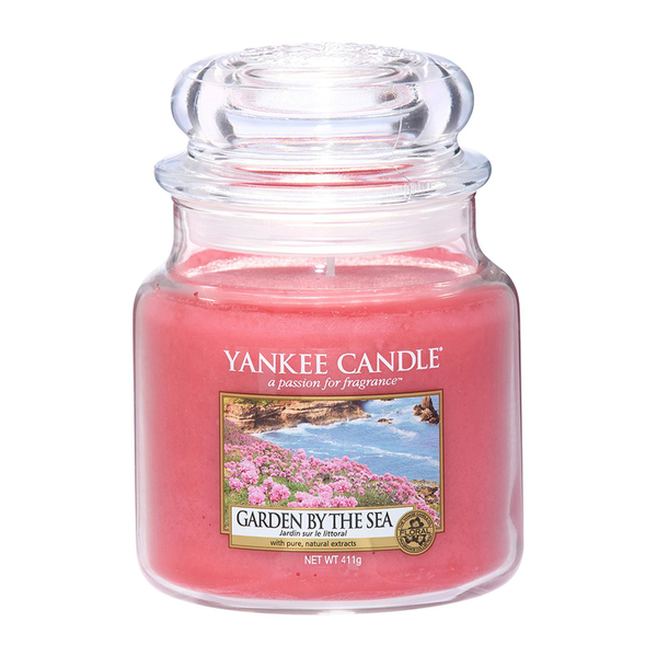 Yankee Candle Classic Medium Jar Garden By The Sea Candle 411g