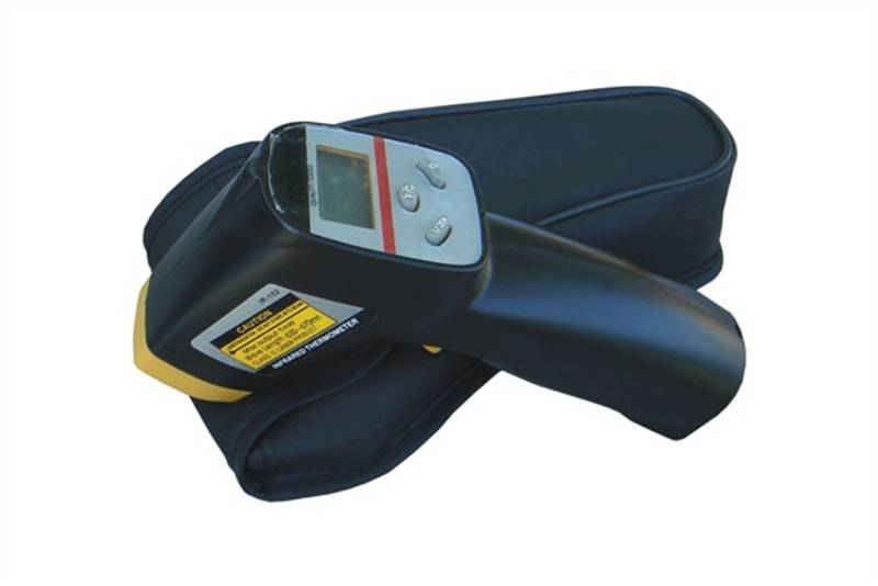 Infrared thermometer with laser point