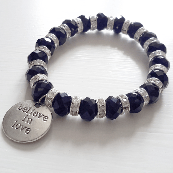 Believe in love armband