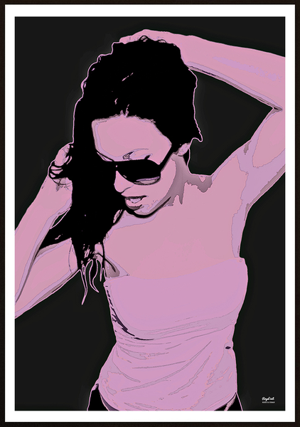 Poster - Woman in purple and grå royal init 50x70cm
